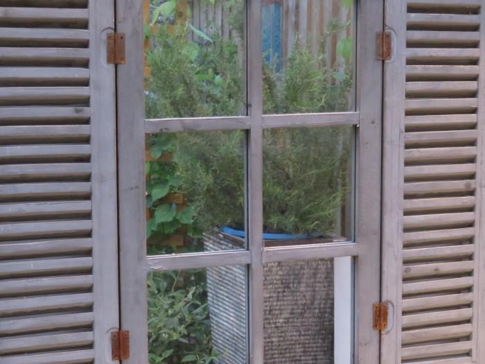 Small_Space_Gardening_Mirrored_Window_DebbieCooke.com