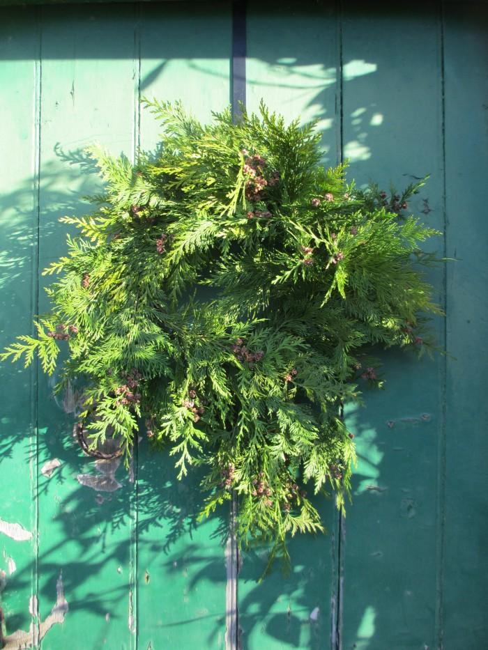 Bird Feeding Wreath Tutorial Creative Garden Design