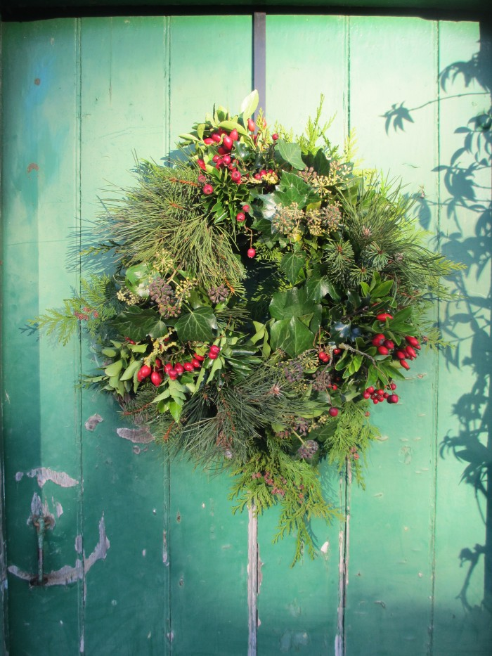 Christmas_Bird_Wreath_Before_the_Details_Debbie_Cooke