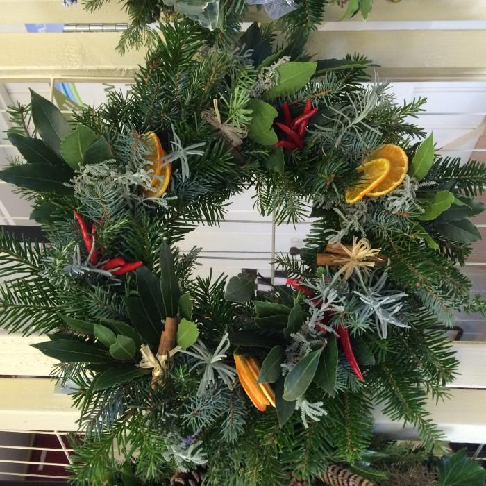 Herbal_Heaven_Christmas_Wreath_DebbieCooke.com
